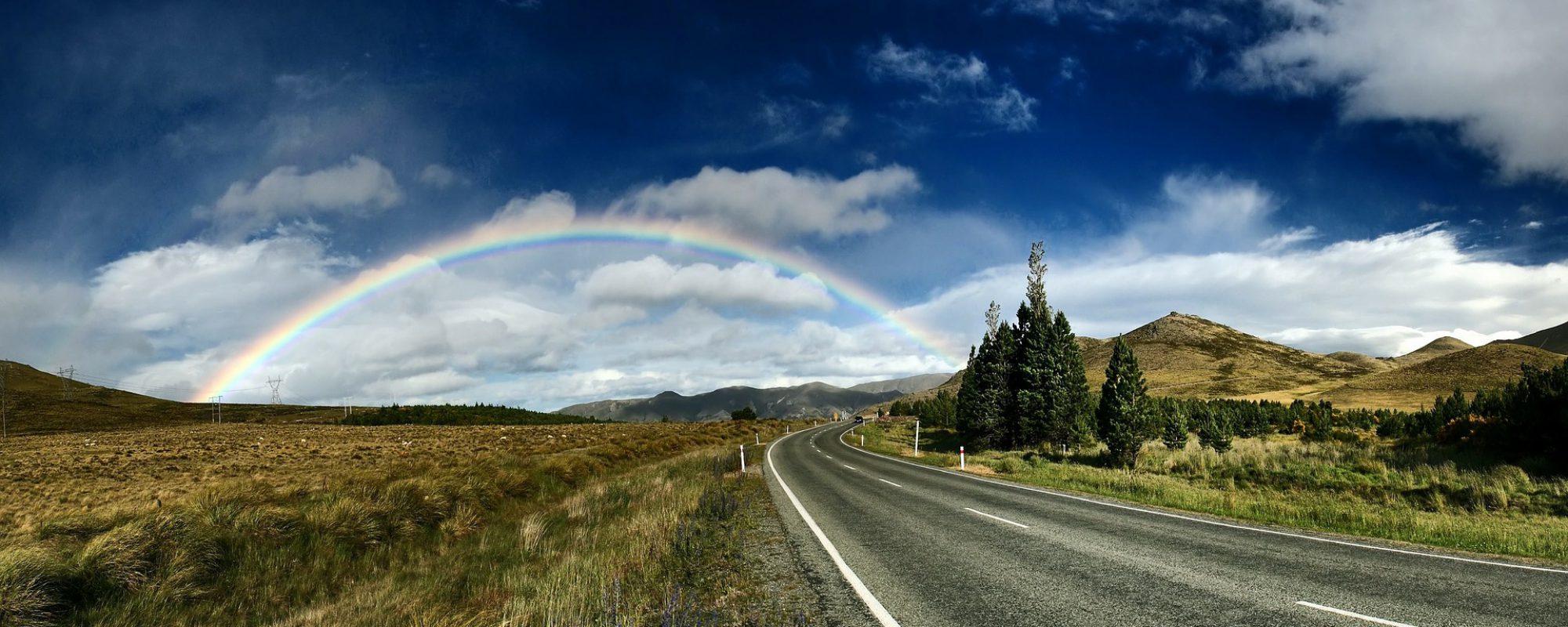 cropped-rainbow-background-1149610_1920.jpg